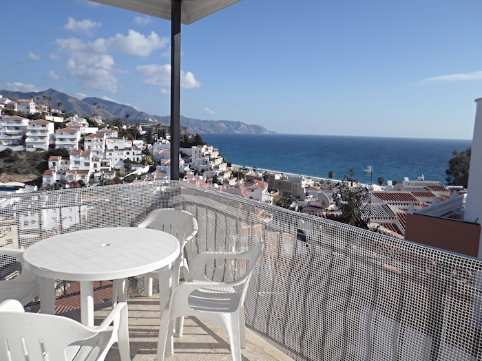 AGUAMARINA Nerja holiday apartments