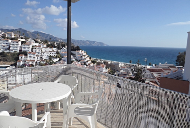 Aguamarina 12, 4 bed. Apartment, nerja