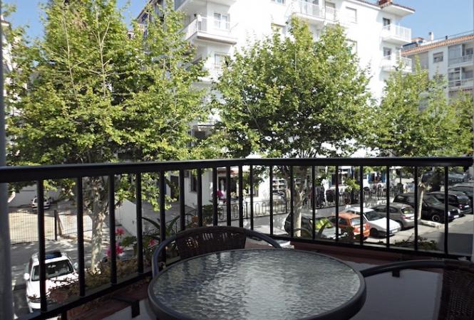 Las Palmeras 30, 2 bed. Apartment