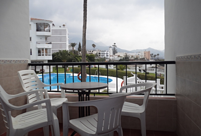 Las Palmeras 9, 2 bed. Apartment